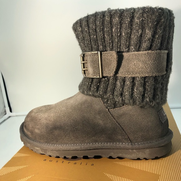 d274a979096 UGG Australia Women's Cambridge Boots Sz 6-
